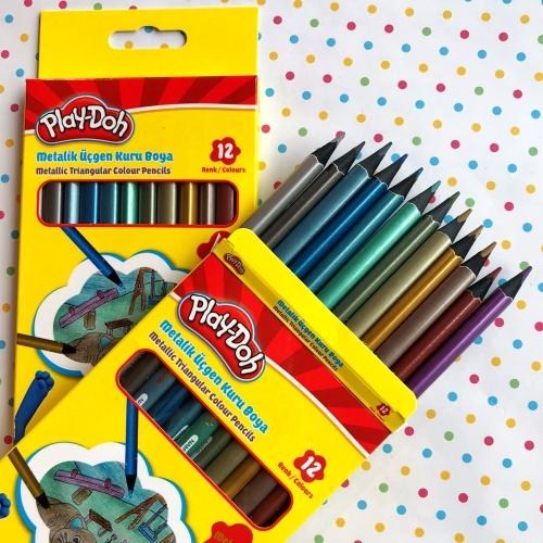 Play-Doh Metalik Üçgen Kuru Boya 12 Renk